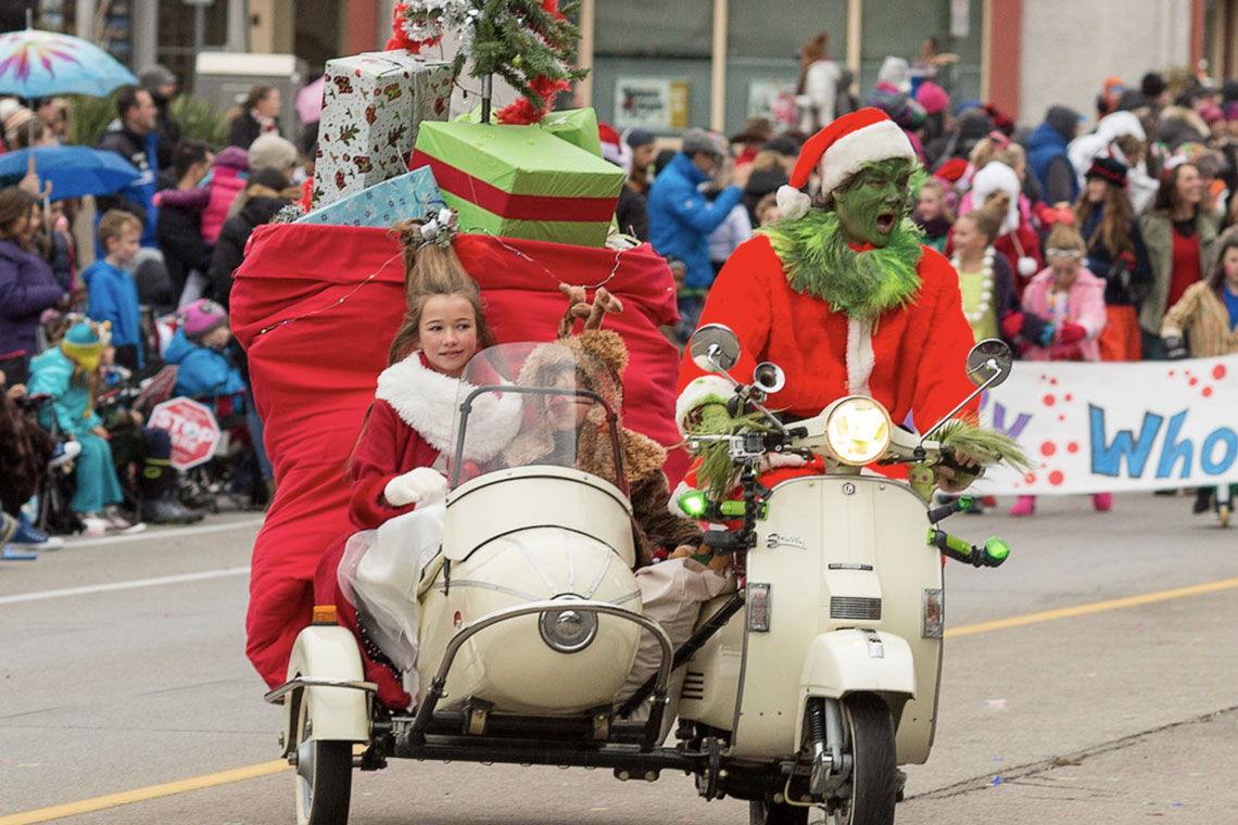 Grinch float in 2017 Santa Claus Parade